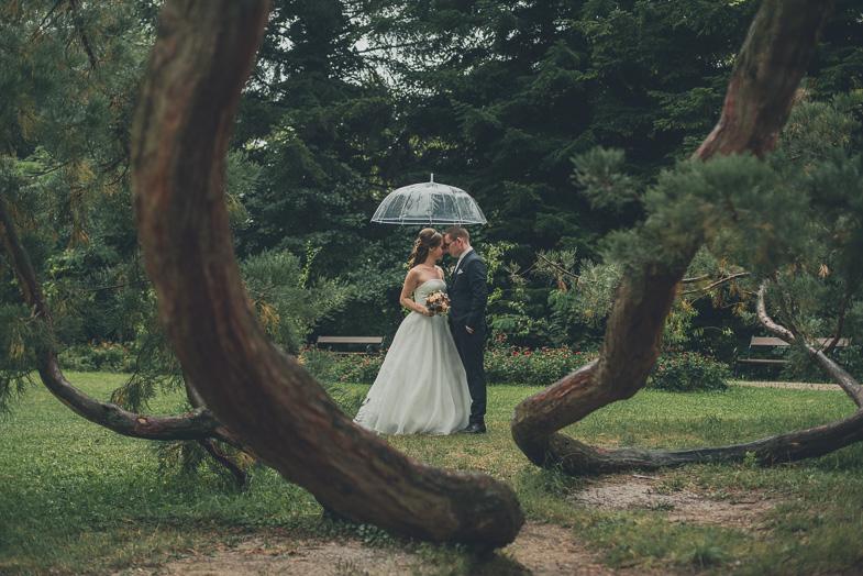 Foto des Hochzeitspaares, das Fotografen für das Fotoshooting in Österreich eingestellt hat