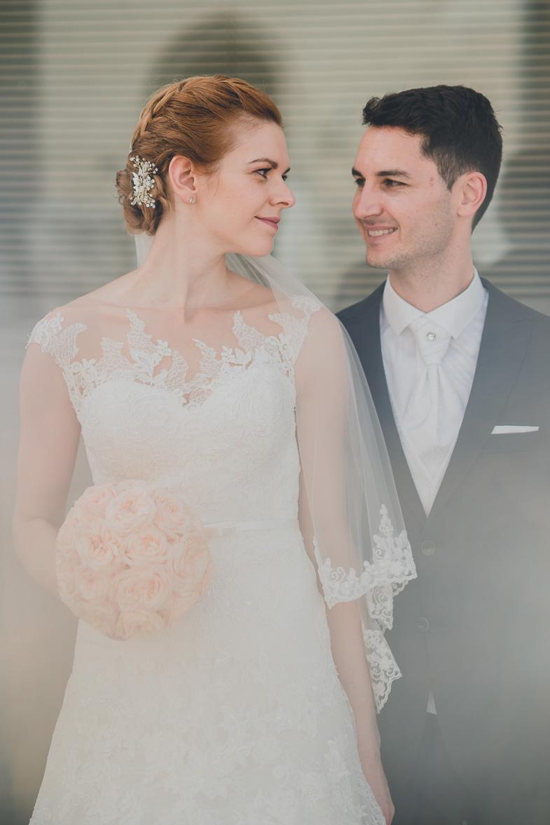 Una bellissima foto degli sposi.