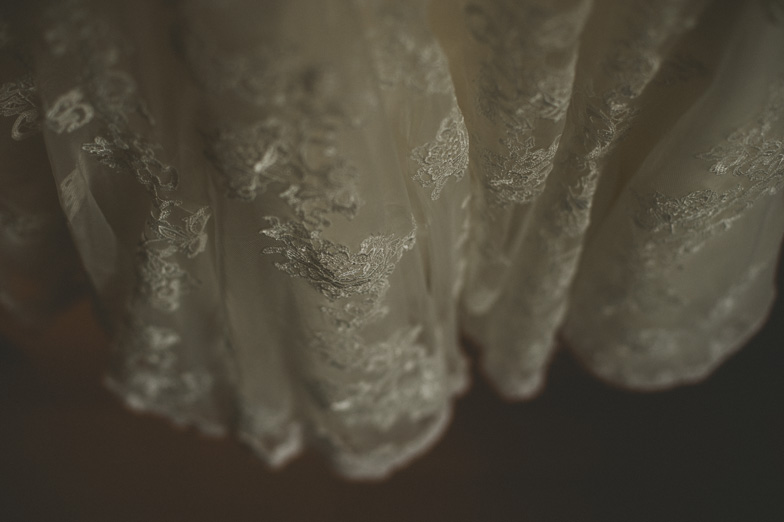 Details of lace wedding dresses.