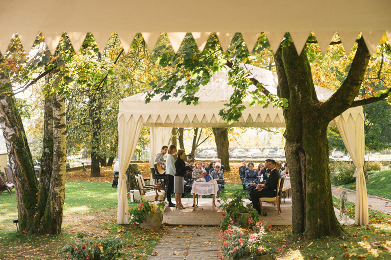 Civil wedding in the park of the Podvin villa.