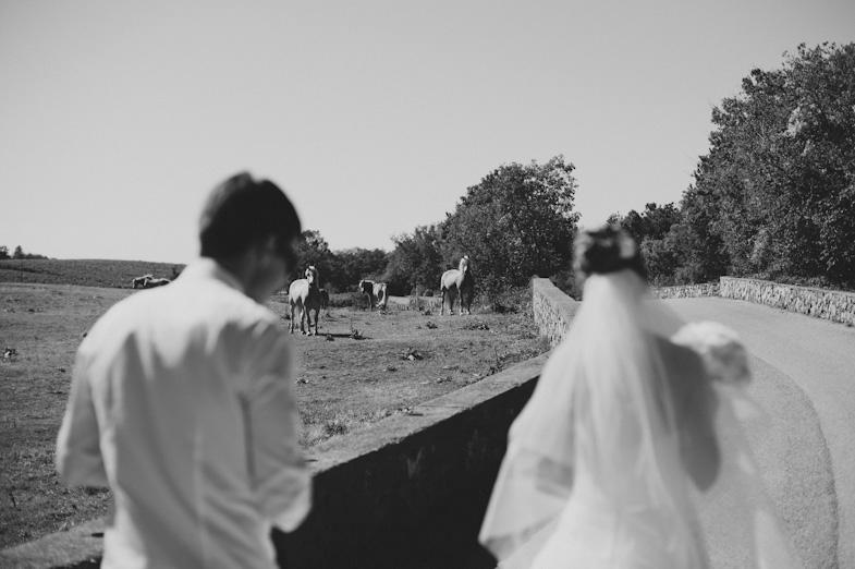 Fotografija para, ki je najel fotografa za poroko v Italiji.