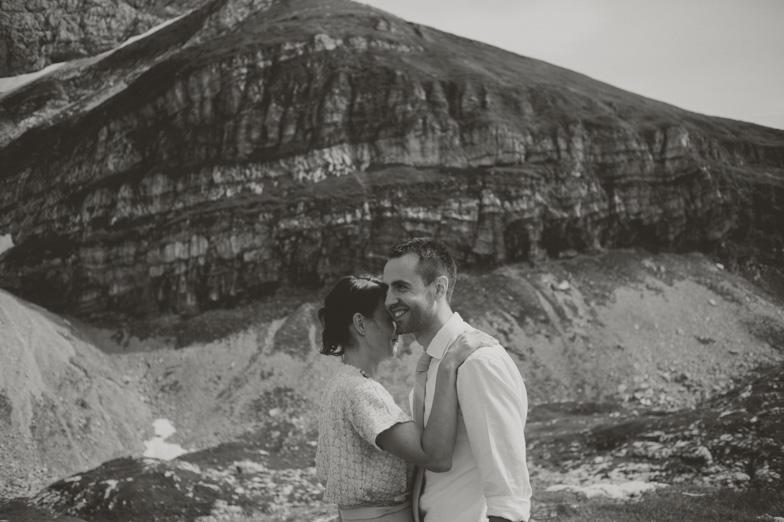 Wedding photography with the wedding couple.