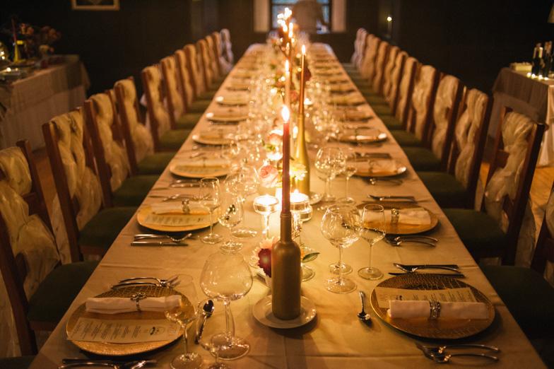 Primer sedežnega reda na poroki.