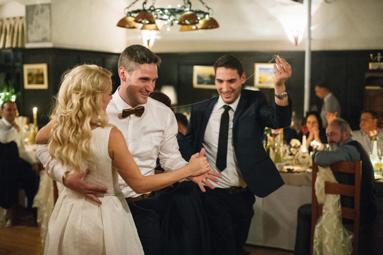 Prikaz iger na poroki.