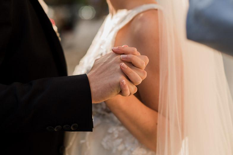 Fotografija z romantične poroke.