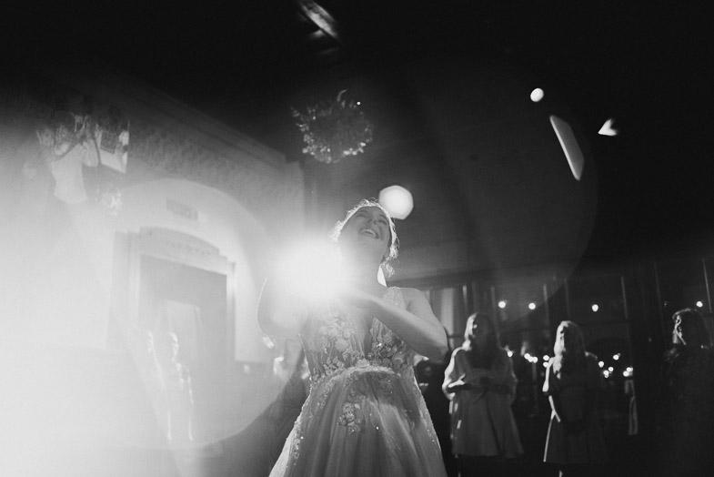 Metanje šopka na poroki.