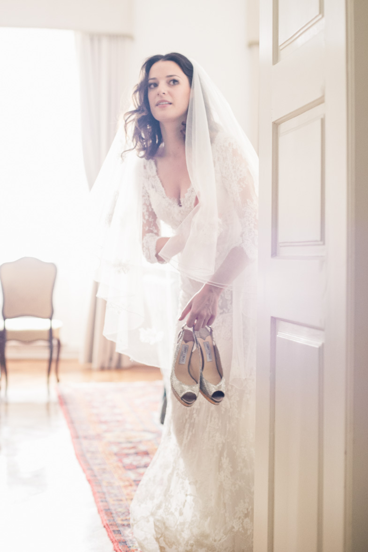 Photo of a luxurious wedding dress.