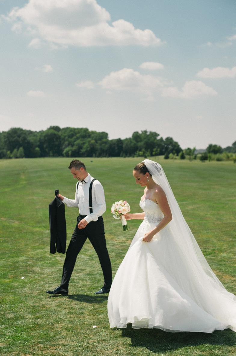 Par, ki se je pravkar poročil.