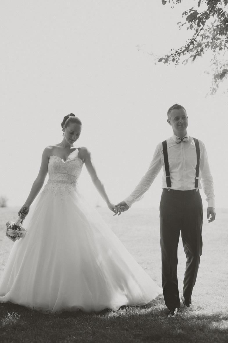 Fotografija para, ki ga je poročni fotograf fotografiral v prekmurju.