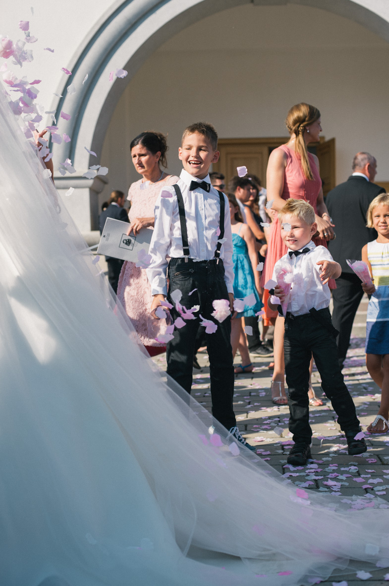 Utrinek s fotografiranja poroke v občini Odranci v Prekmurju.