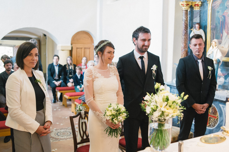 Example of photographing the wedding.