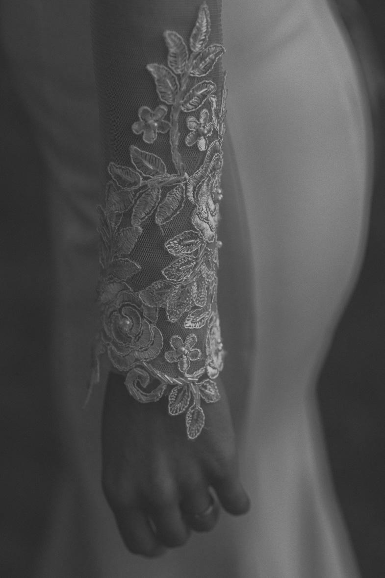 La fotografia del vestito della sposa.