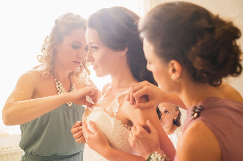 Preparation of the bride for the wedding day.