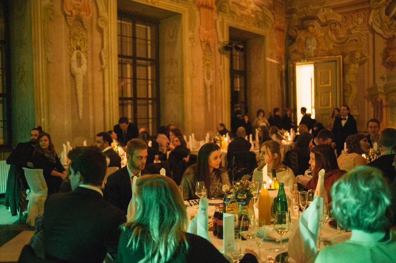An example of a wedding dinner at a big wedding.
