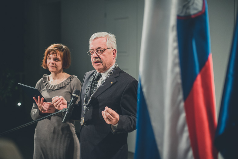 Photograph of wedding registrar in Ljubljana.