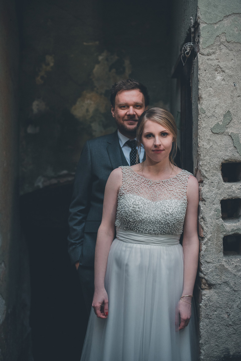 An example of a photo of the married couple.