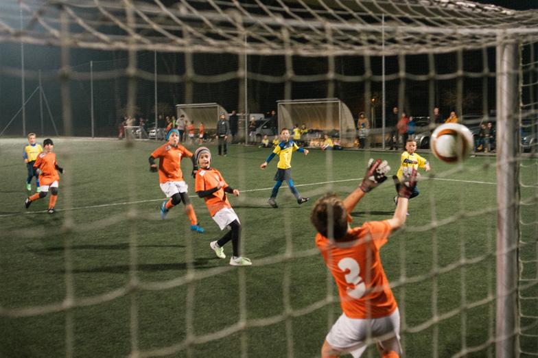 Nogometna tekma v Športnem parku Radomlje.
