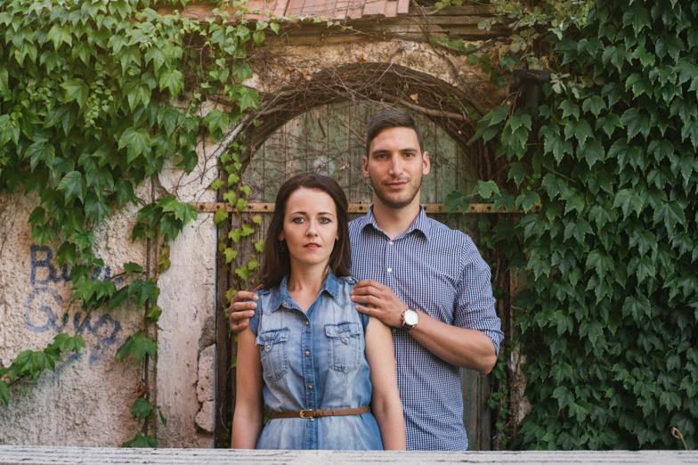 Portrait of the couple.